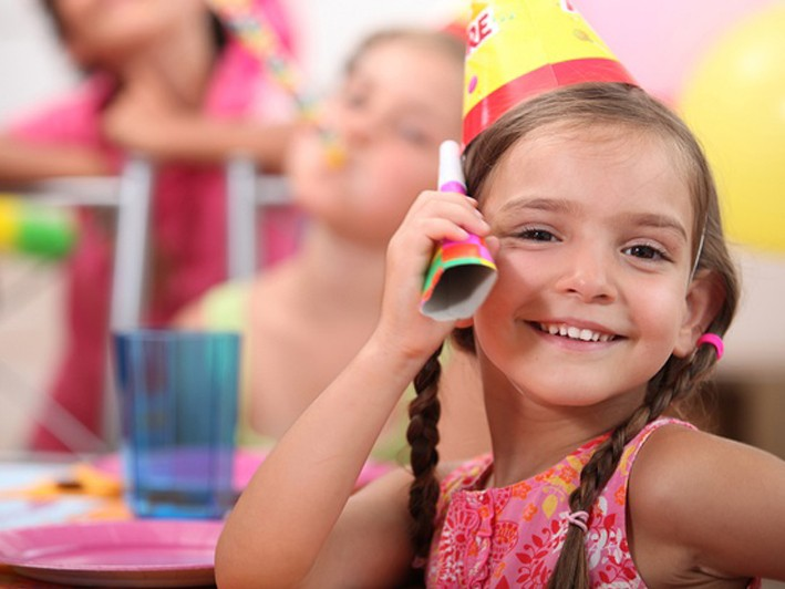 ONLY $160 for a 90-Minute Children's Birthday Party for 10 Kids ($250 Value)
