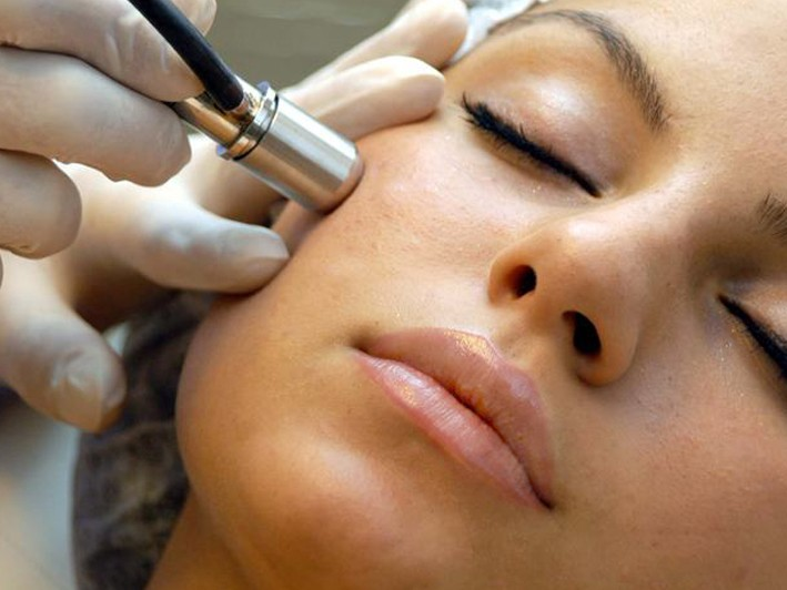 $39 for Customized Anti-Aging Facial ($120 Value)