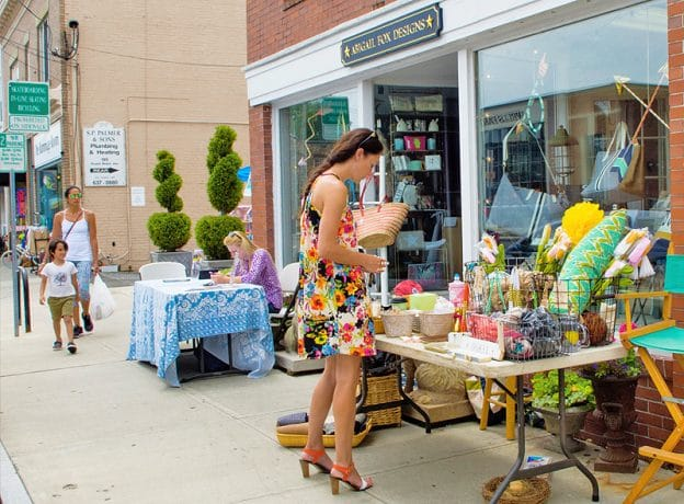 The Hum of Activity at the Old Greenwich Sidewalk Sales