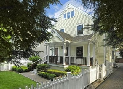 31 Forest Ave, Old Greenwich