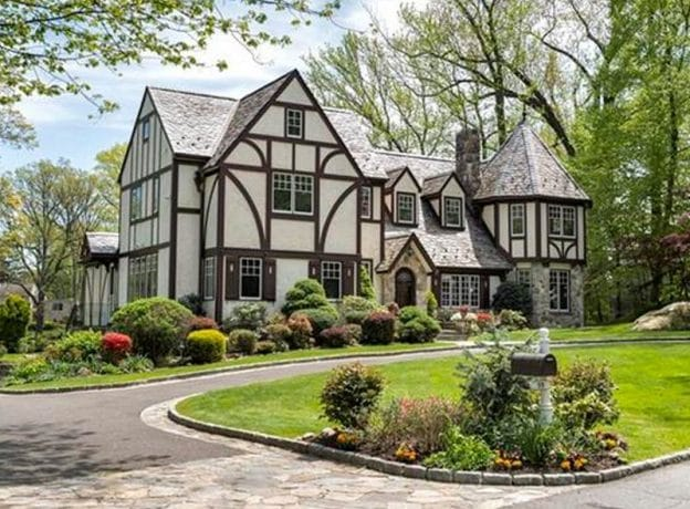 Greenwich Real Estate – Featured Listing + Open Houses for March 25-26