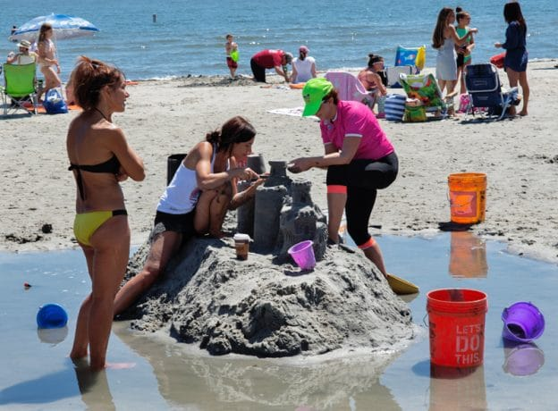 Photo Gallery: Sand Blast 2017 at Tod's Point Beach