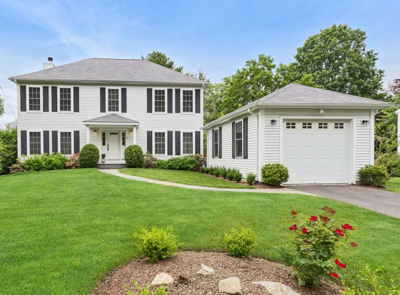 Real Estate: Newly Renovated New England Style Colonial in Riverside