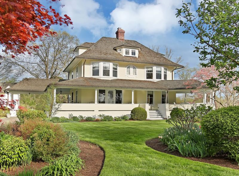 Real Estate: Victorian-Style Riverside Landmark with Water Views