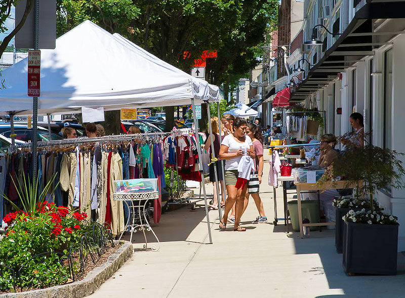Photo Gallery: Annual Old Greenwich Sidewalk Sales
