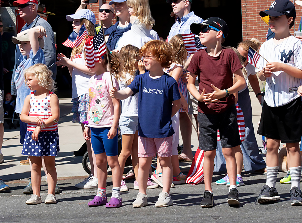 Photo Gallery: 2019 Sound Beach Volunteer Fire Department Memorial Day Parade