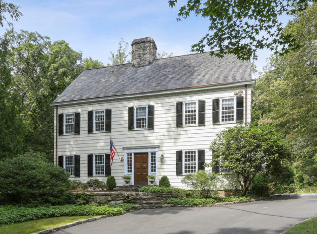 Real Estate: Charming 5 Bedroom 3.1 Bath Colonial in Cos Cob, CT