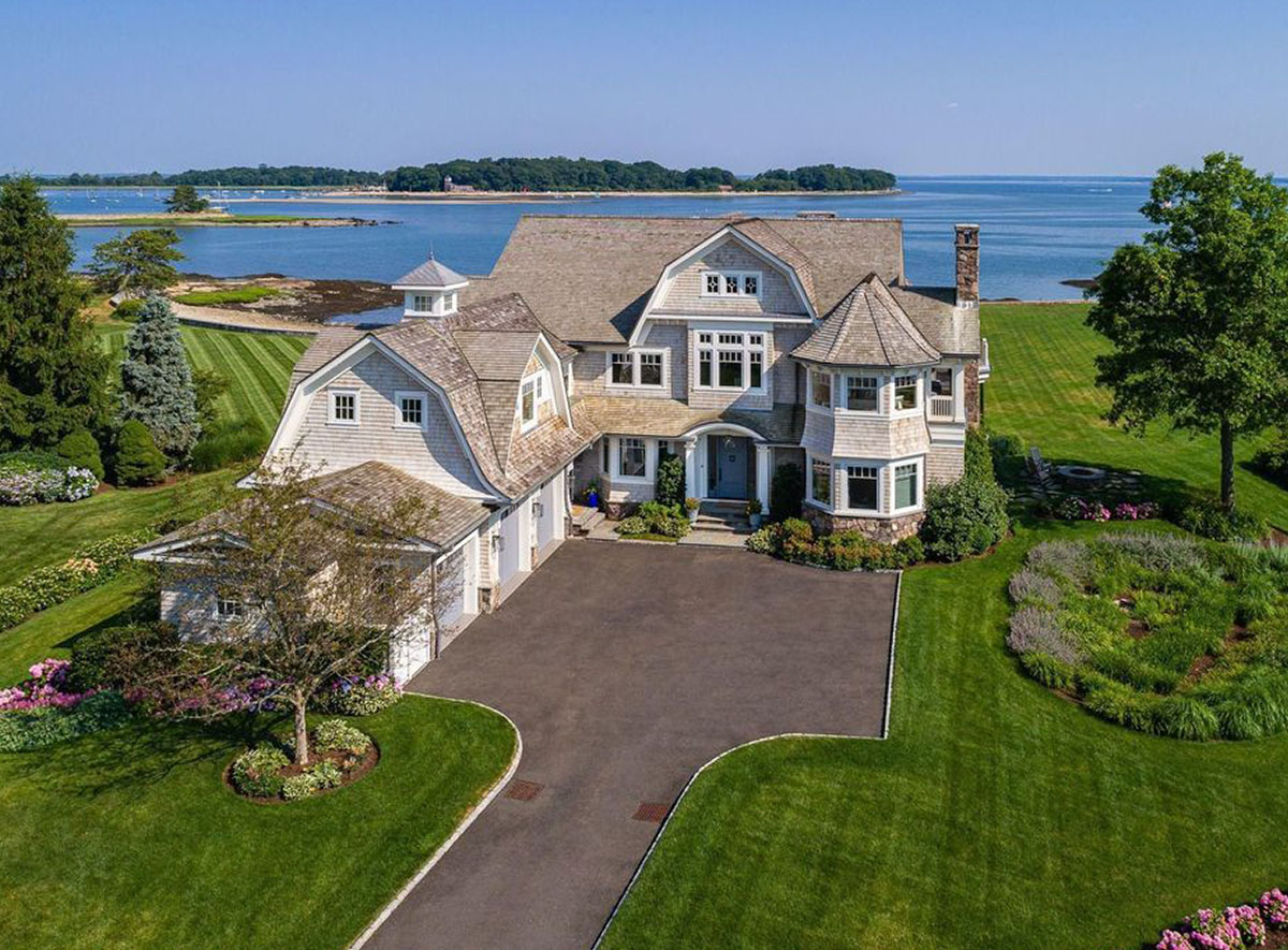 REAL ESTATE: Sensational 5-bedroom Coastal Home in Riverside