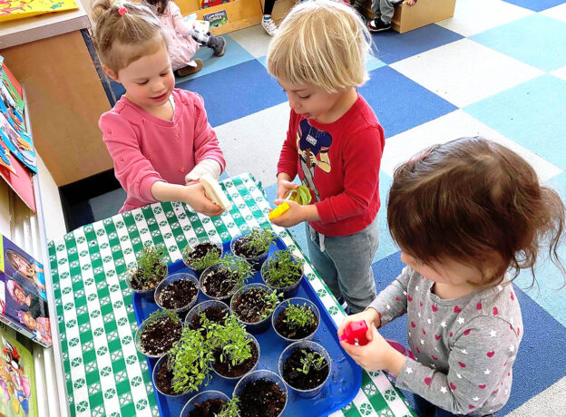 2021 Living Greenwich Preschool Guide - Spring Edition