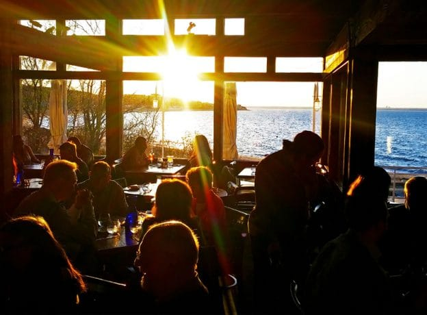 A Delightful Northshore Sunset Dining Experience