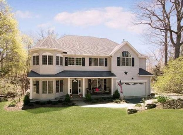 Think 'Summertime Fun' in this Bay Hills Beach Community Home