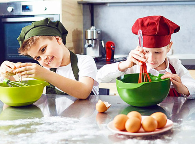 NEW CONTEST: Win a 4 Week Tuition Scholarship Voucher to Cooking With Stars with Extended Day* at Park Shore Country Day Camp