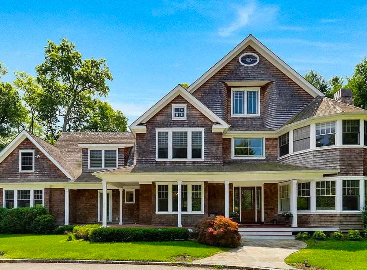 REAL ESTATE: Stunning Colonial In Lloyd Harbor
