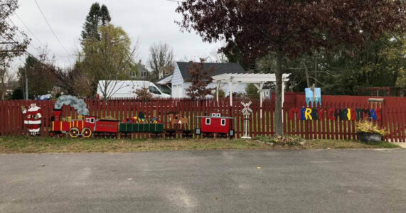 Meet Santa (and SHOP) at Lewis Oliver Farm in Northport