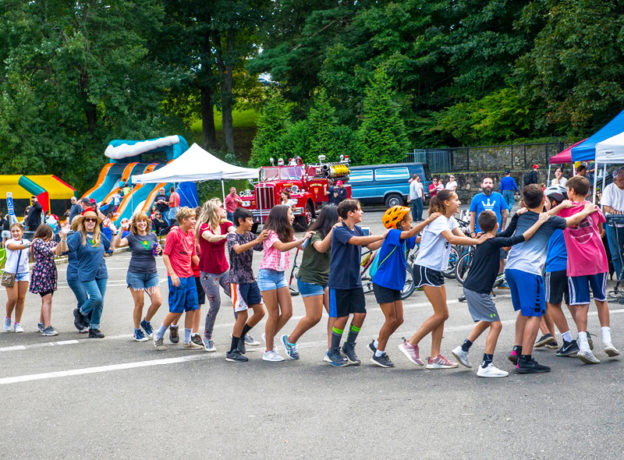Photo Gallery: 1st Annual Valley Jam Hosted by the Pemberwick Glenville  Association