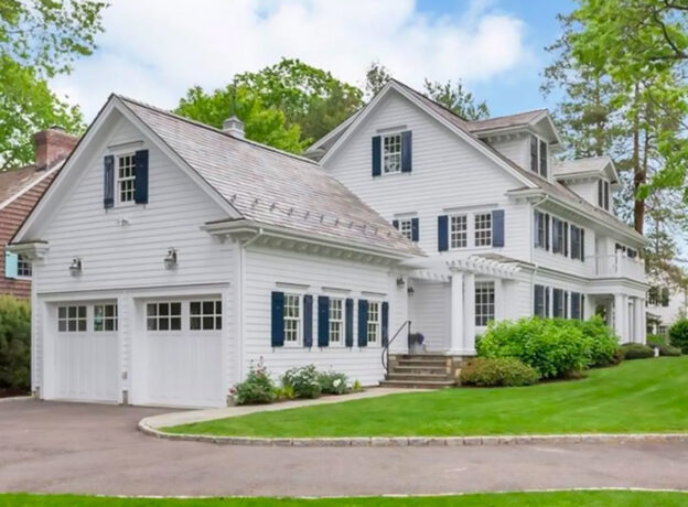 Greenwich Real Estate: A Classic New England Home in a Prestigious Old Greenwich Neighborhood