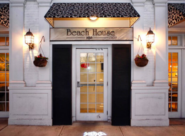 Visit Beach House Cafe For Delicious Fare Beneath Autumn Skies