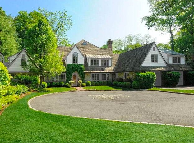 GREENWICH REAL ESTATE:  Mid-Country Cotswold Charmer