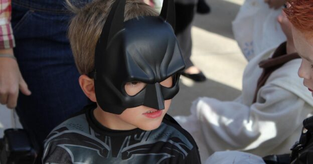Outdoor Halloween Crafts and Treats with the Friends of Cos Cob Library