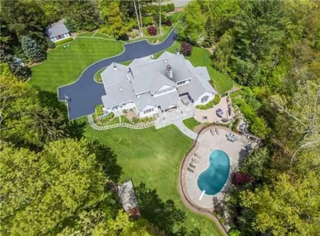 Real Estate: Magnificent Custom-Built Colonial in the Perfect Cold Spring Harbor Location